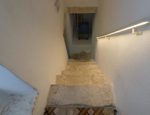 Chianca Antica stairs to the 2nd floor